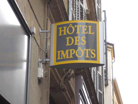 Hotel impots